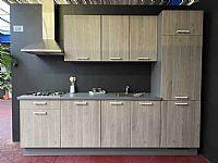 Houtlook rechte keuken (103R)