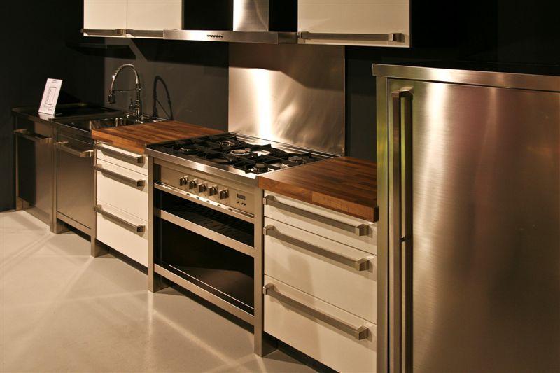 Showroomkeukens alle showroomkeuken aanbiedingen uit nederland keukens voor zeer lage keuken - Keuken ontwikkeling m ...