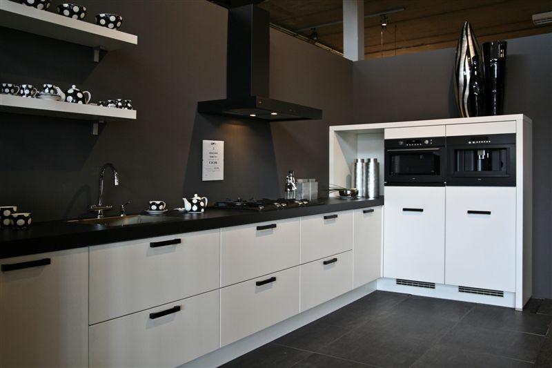 Nobilia Keuken Onderdelen : Nobilia keuken prijs keukenloods keukens ervaringen reviews en