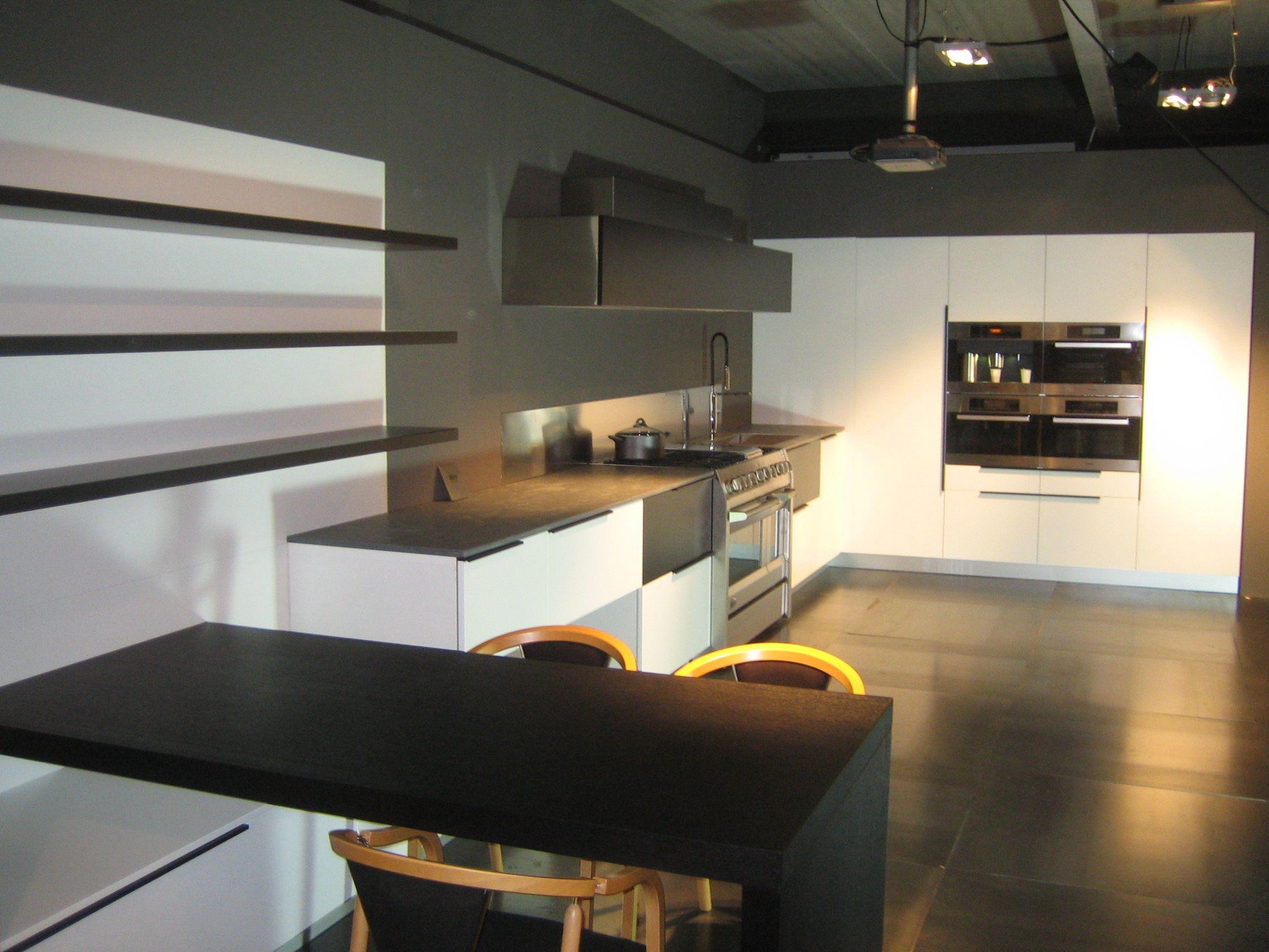 Witte Keuken Zwarte Plint : ... Nederland keukens voor zeer lage ...