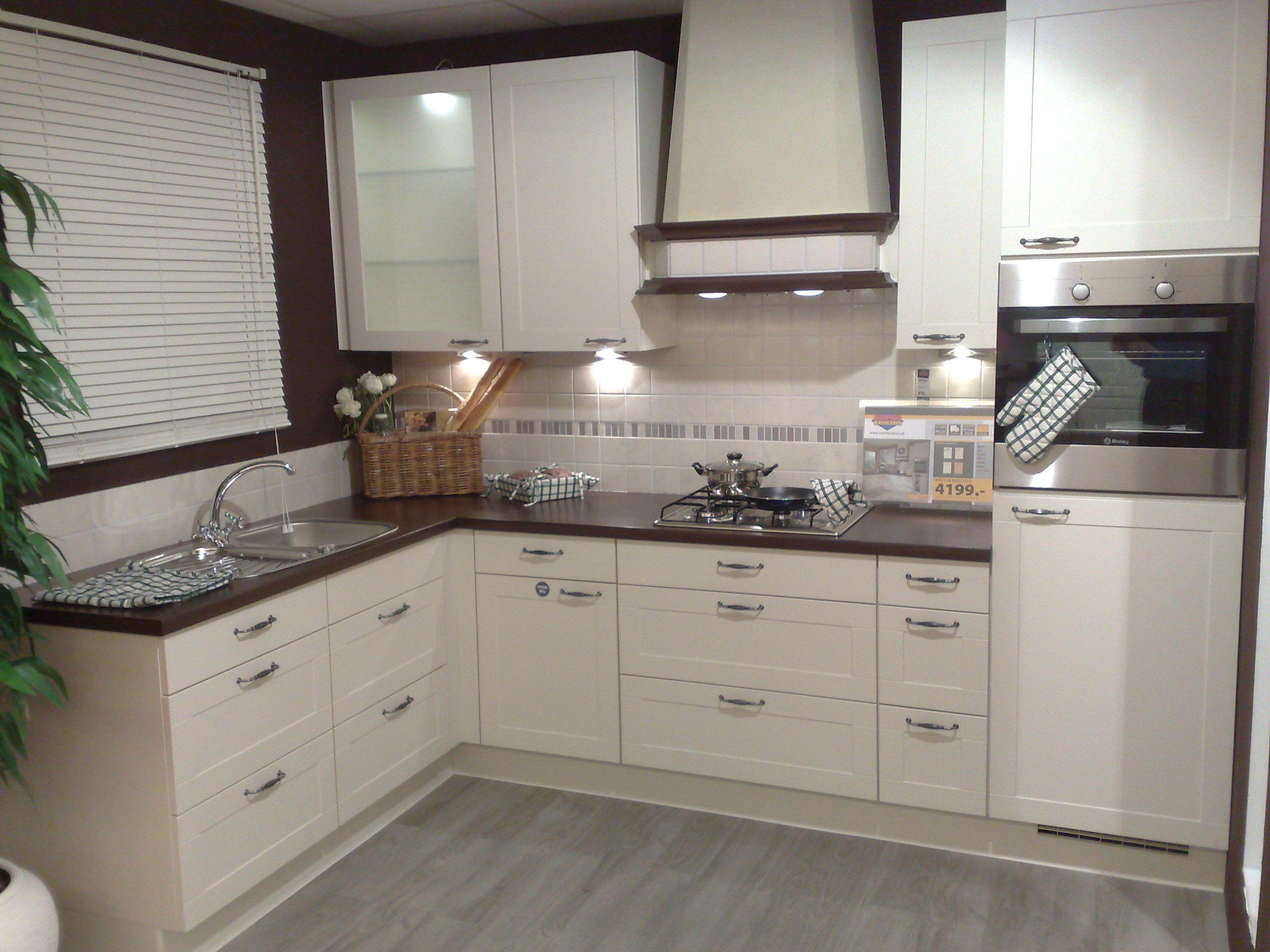 Design Keukens Arnhem : ... uit Nederland keukens voor zeer lage ...