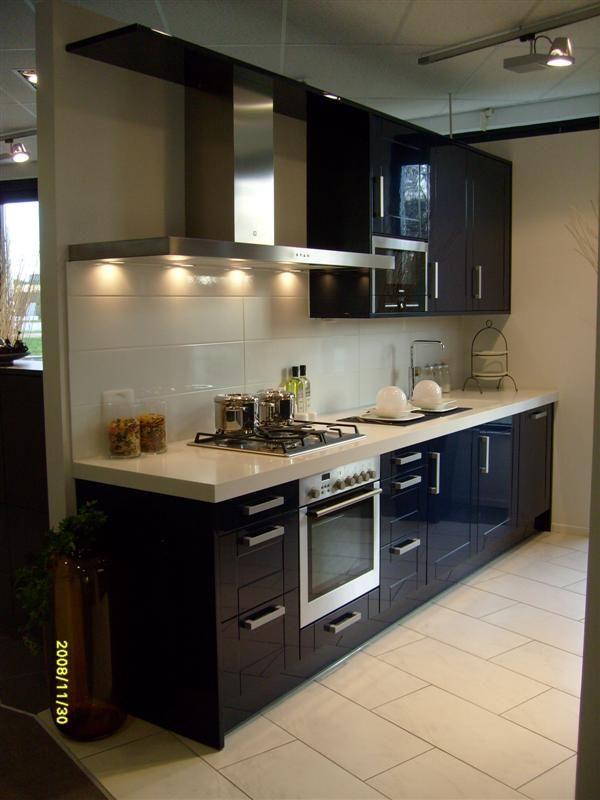 Keuken Parallel Opstelling : keukens voor zeer lage keuken prijzen Eigen merk Atlanta hoogglans