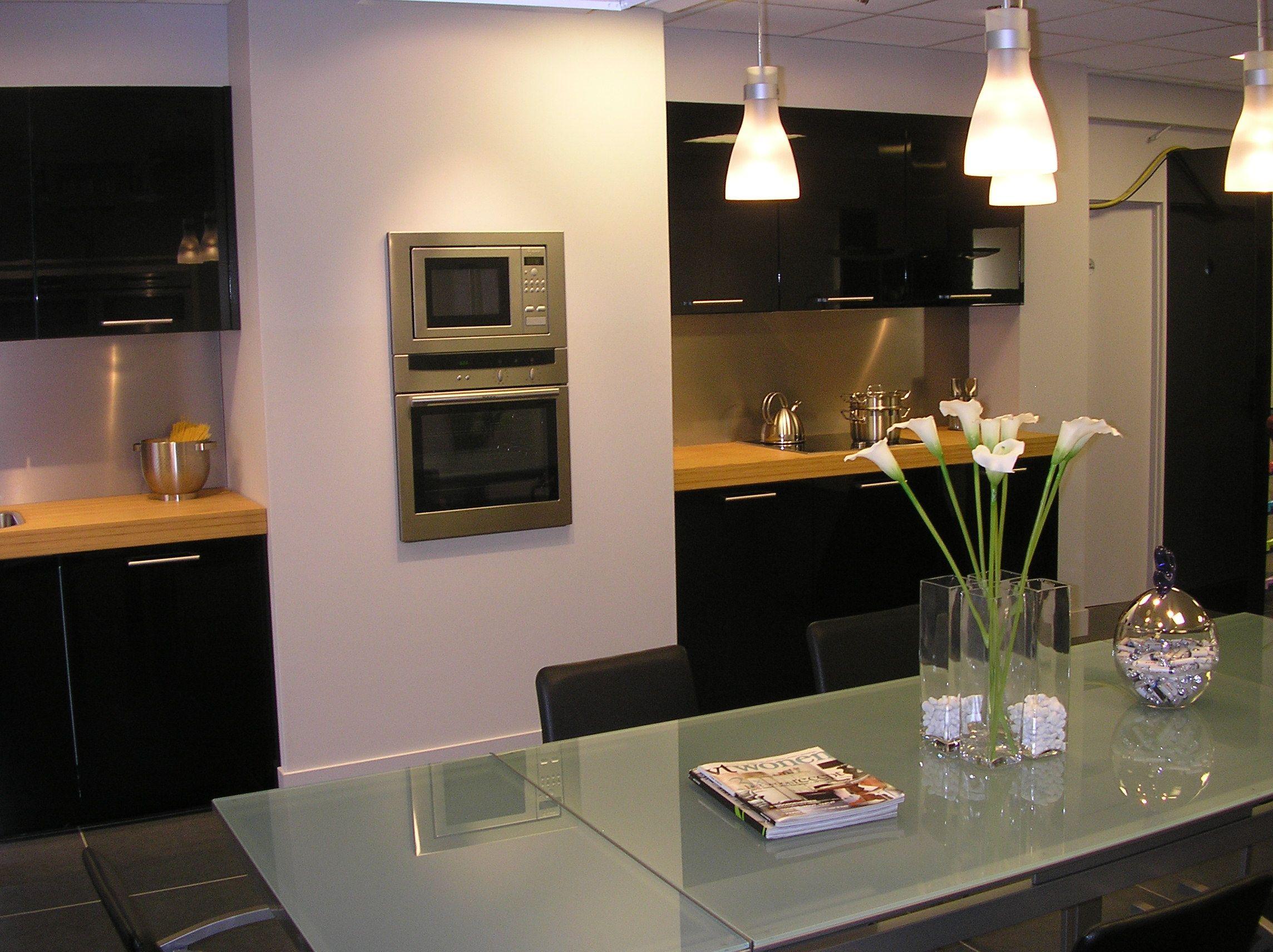 ... keukens voor zeer lage keuken prijzen  Hoogglans zwart [27528