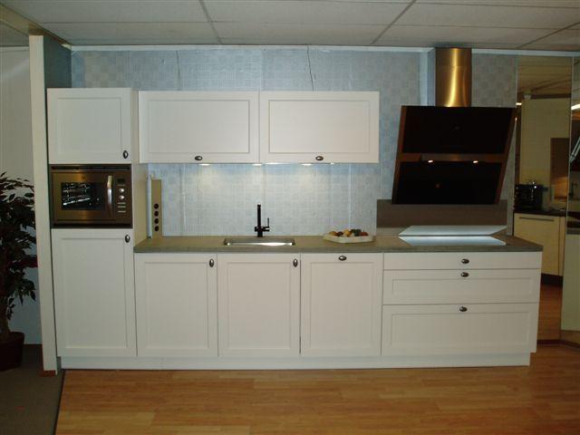 Rechte Keuken Ikea : keukens voor zeer lage keuken prijzen Tristar Atlas [35308