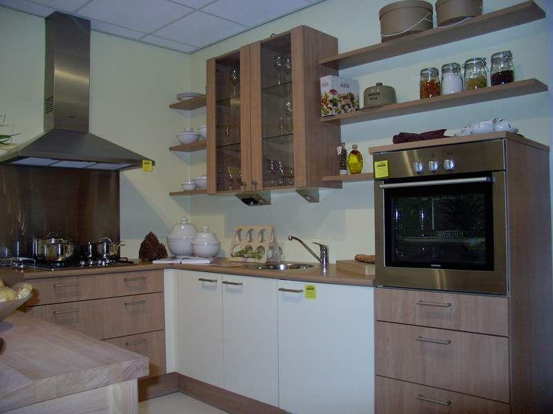 Moderne Bruynzeel Keuken Atlas Greeploos : ... keukens voor zeer lage ...