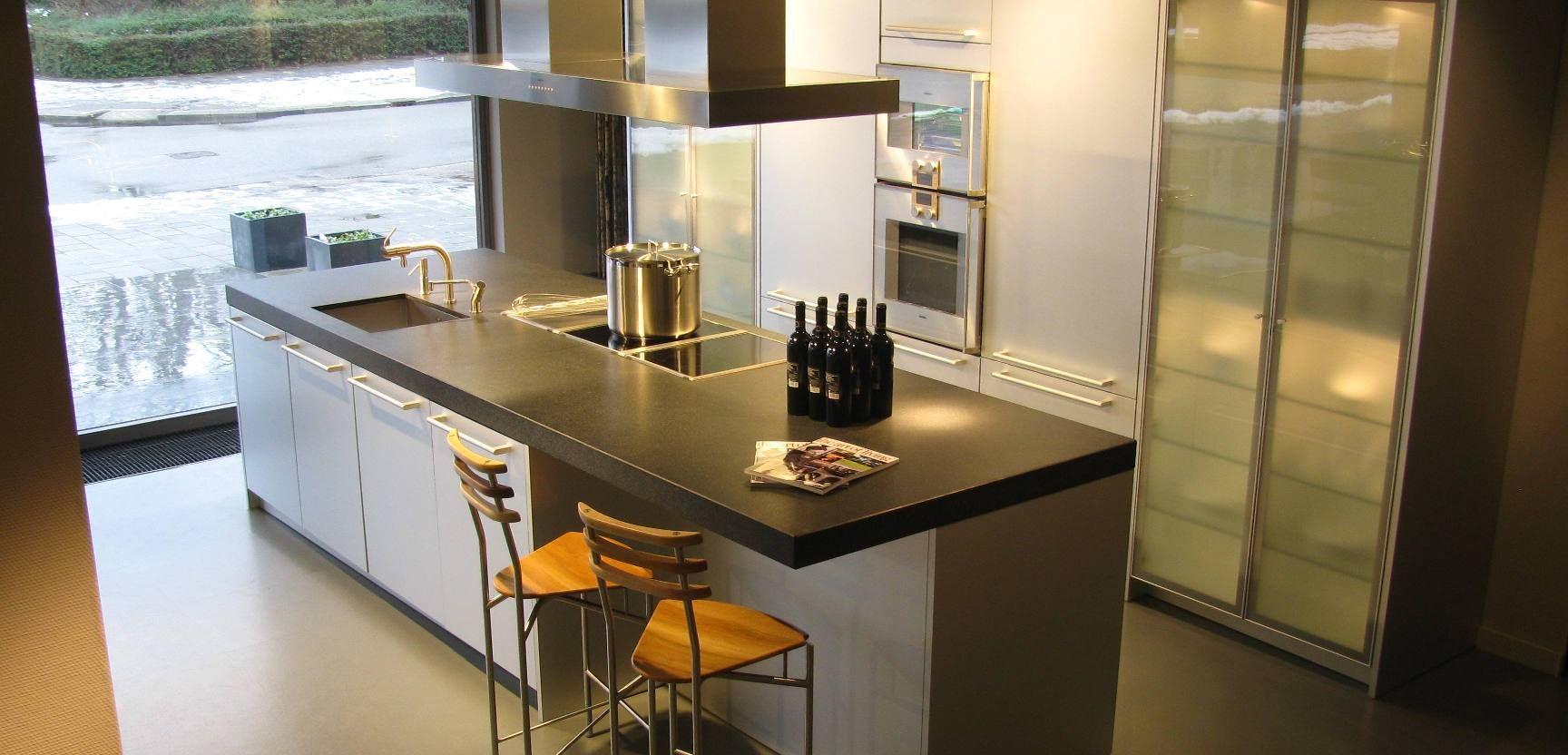 ... keukens voor zeer lage keuken prijzen  Poggenpohl Aluminium [25323
