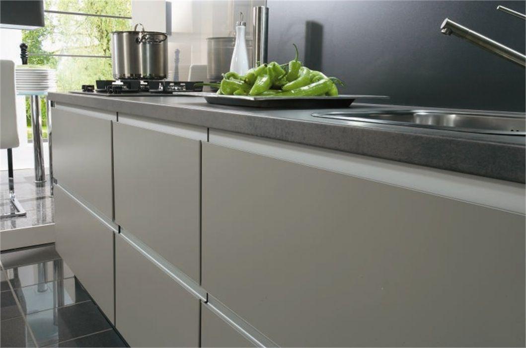 Keuken Kleur Taupe : keukens voor zeer lage keuken prijzen Nobilia Feel Taupe [36312