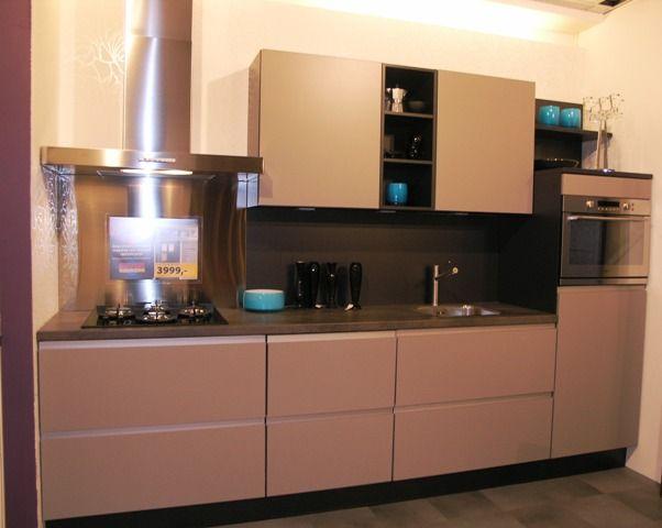 ... keukens voor zeer lage keuken prijzen : Nobilia Feel Taupe [36312