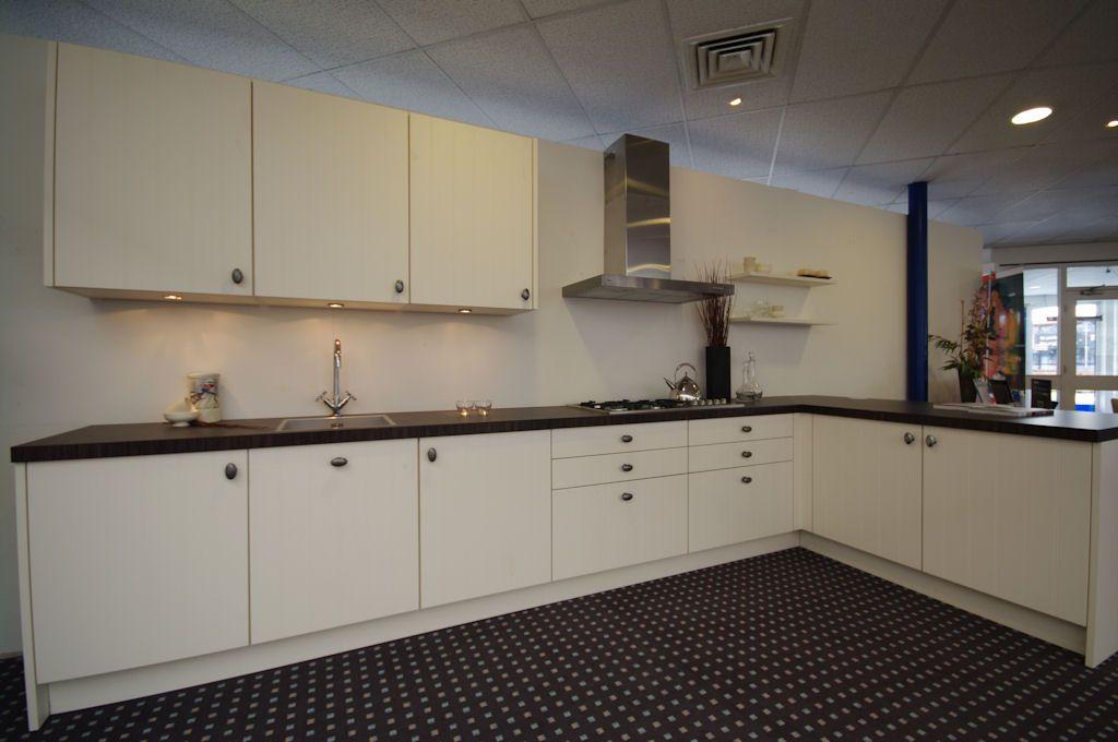 Showroomkeukens alle showroomkeuken aanbiedingen uit nederland keukens voor zeer lage keuken - Deco keuken ontwerp ...