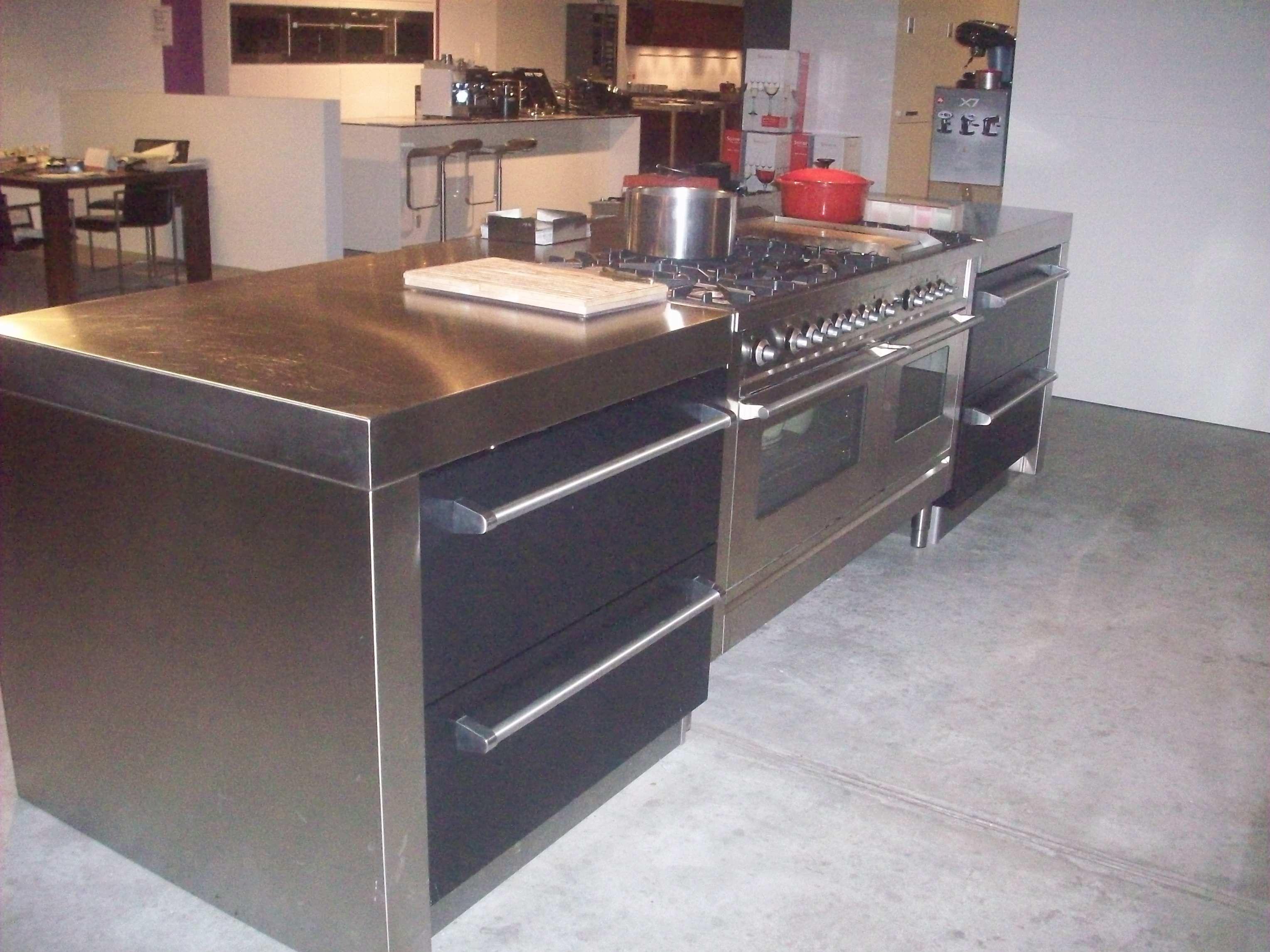 Keukens Vaste Prijzen : Showroomkeukens Alle Showroomkeuken aanbiedingen uit