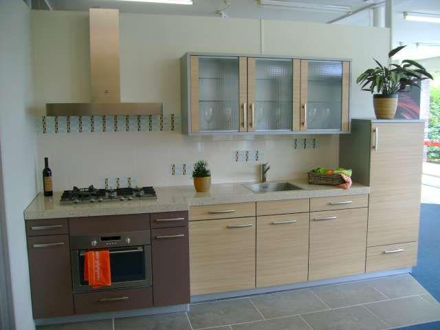 Moderne Nederlandse Keuken : Showroomkeukens alle showroomkeuken aanbiedingen uit nederland