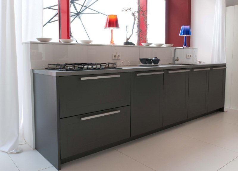 Kastenwand Keuken Showroom : keukens voor zeer lage keuken prijzen Rechte keuken + kastenwand (11