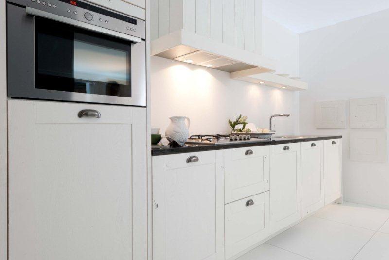 Compacte Design Keuken : lage keuken prijzen Rechte keuken Massief en Compact (13) [44860