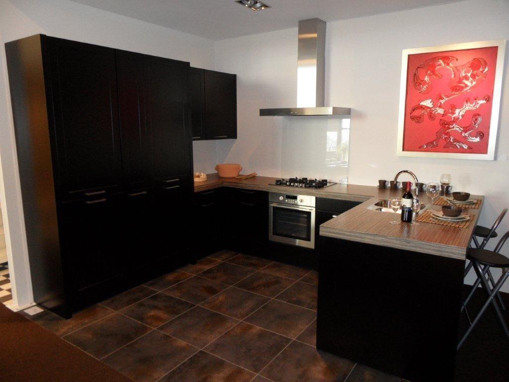 ... keukens voor zeer lage keuken prijzen  Keuken met schiereiland [44944