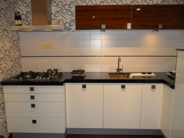 Hoekkast Keuken Boven : Nederland keukens voor zeer lage keuken prijzen Alno Chic [40409