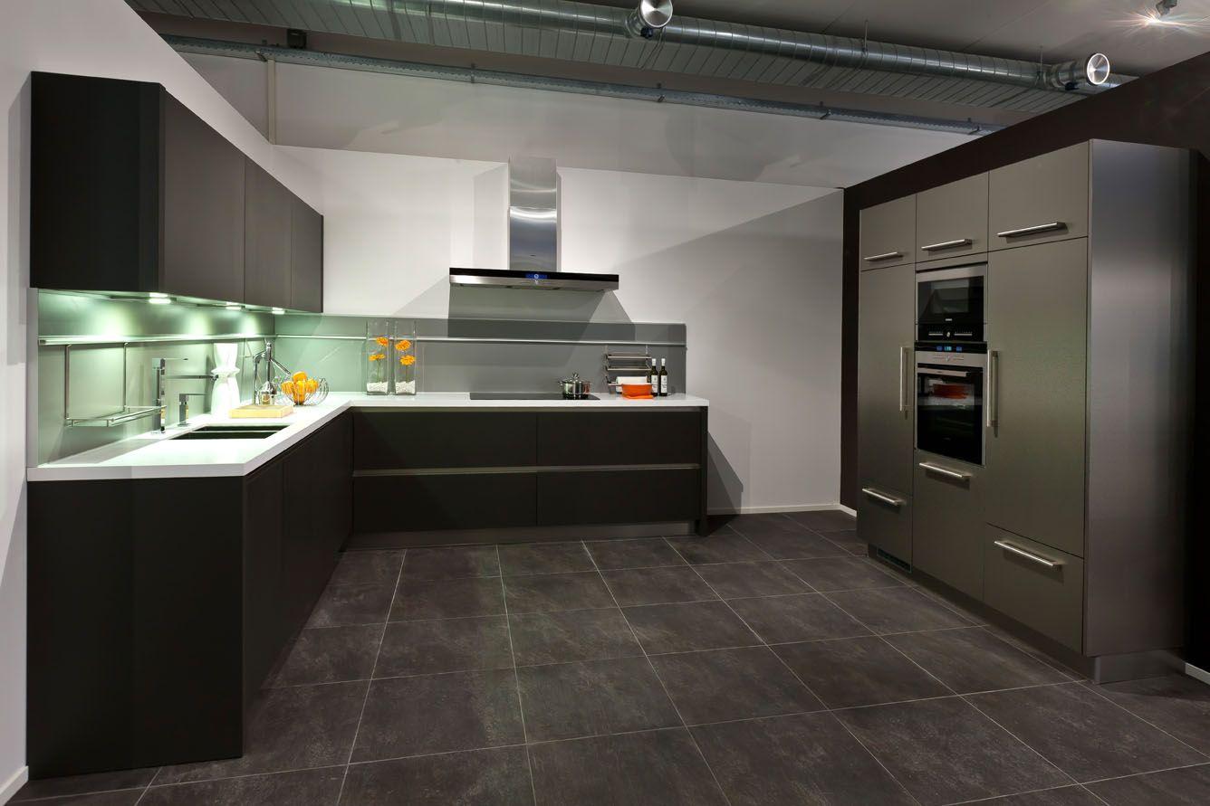 Keukenindeling Eiland : Showroomkeukens Alle Showroomkeuken aanbiedingen uit