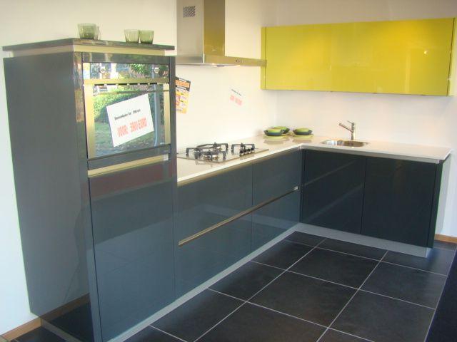 ... keukens voor zeer lage keuken prijzen  Moderne keuken in moderne