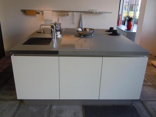 Keuken Wit Mat : keukens voor zeer lage keuken prijzen Eiland keuken mat-lak/eiken