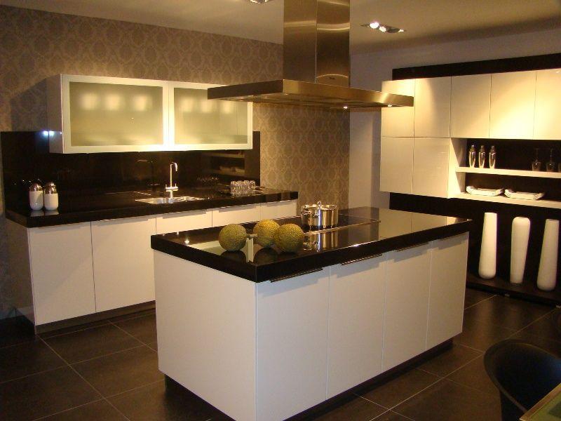 Keuken Met Eiland Afmetingen : keukens voor zeer lage keuken prijzen Luxe Eiland keuken met luxe