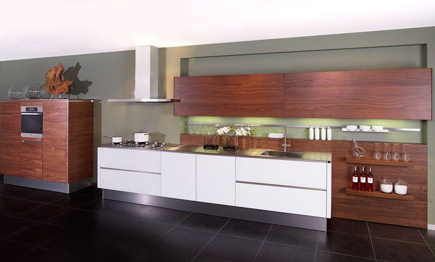 ... voor zeer lage keuken prijzen : Zeer luxe keuken in designglas [45510