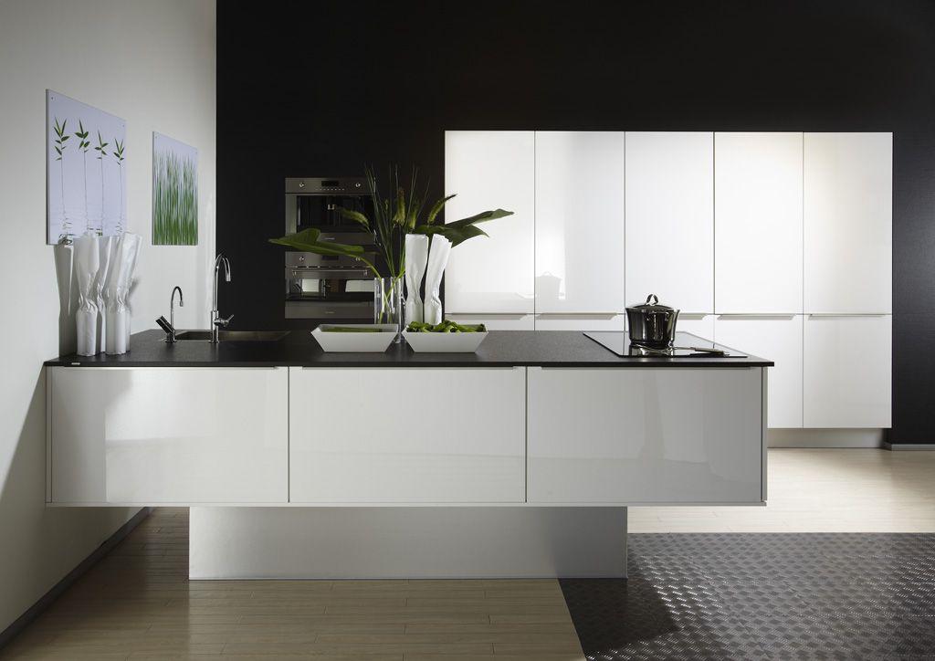 Witte Hoogglans Keuken Met Wit Blad : keuken prijzen Design Eilandkeuken hoogglans wit, KOOPJE !! [47117