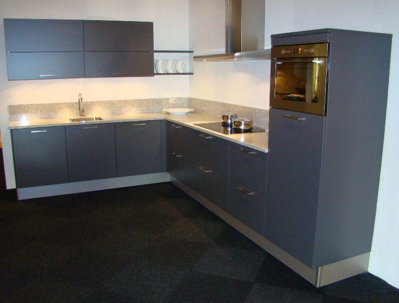 Antraciet Keuken : zeer lage keuken prijzen Pronorm hoekkeuken in antraciet [45447