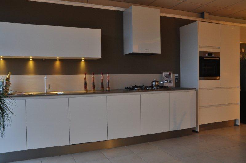 Vtwonen Keuken Inspiratie : keukens voor zeer lage keuken prijzen VT Wonen Bianco [47174