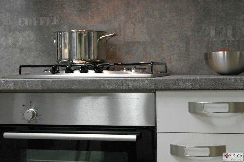 Strakke Witte Keuken : keukens voor zeer lage keuken prijzen Witte Nobilia Keuken [26375