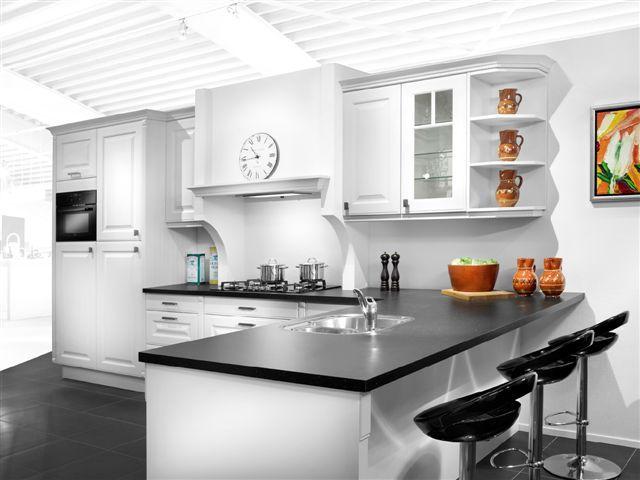 Showroomkeukens alle showroomkeuken aanbiedingen uit nederland keukens voor zeer lage keuken - Keuken schmi ...