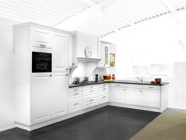 Schmidt keukens suriname