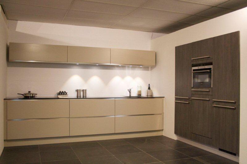 Rechte Keuken Met Kastwand : ... Nederland keukens voor zeer lage ...
