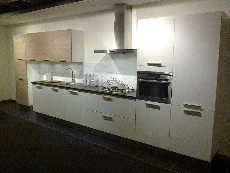 ... keuken prijzen : Moderne rechte keukenopstelling (MAG SNEL WEG) [45529
