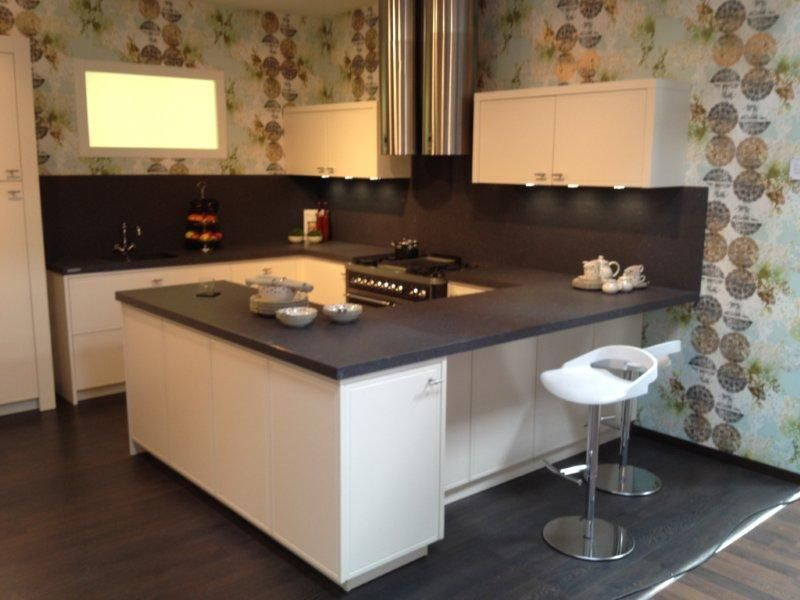 Keuken Schiereiland Met : Landelijke keuken met schiereiland bemmel en kroon keukens