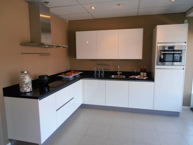 Keuken Greeploos Hoogglans Wit : keukens voor zeer lage keuken prijzen Greeploze witte hoogglans