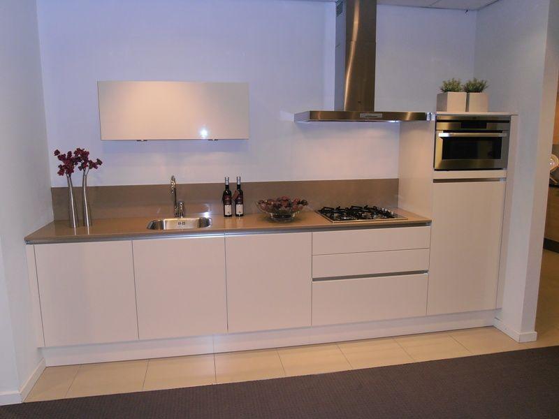 Keuken Greeploos Hoogglans : lage keuken prijzen Greeploze keuken in magnolia hoogglans [45503