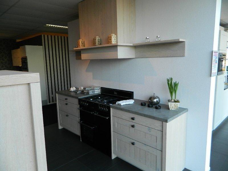 Eiken Keuken White Wash : keukens voor zeer lage keuken prijzen ROBUUST EIKEN KEUKEN [48164