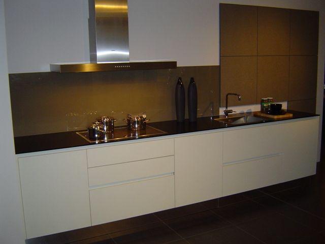 Verlichting Keuken Zonder Bovenkasten : keukens voor zeer lage keuken prijzen Fraai greeploze design keuken