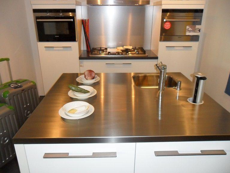 Stopcontact Keuken Eiland : Nederland keukens voor zeer lage keuken prijzen Ballerina [48453