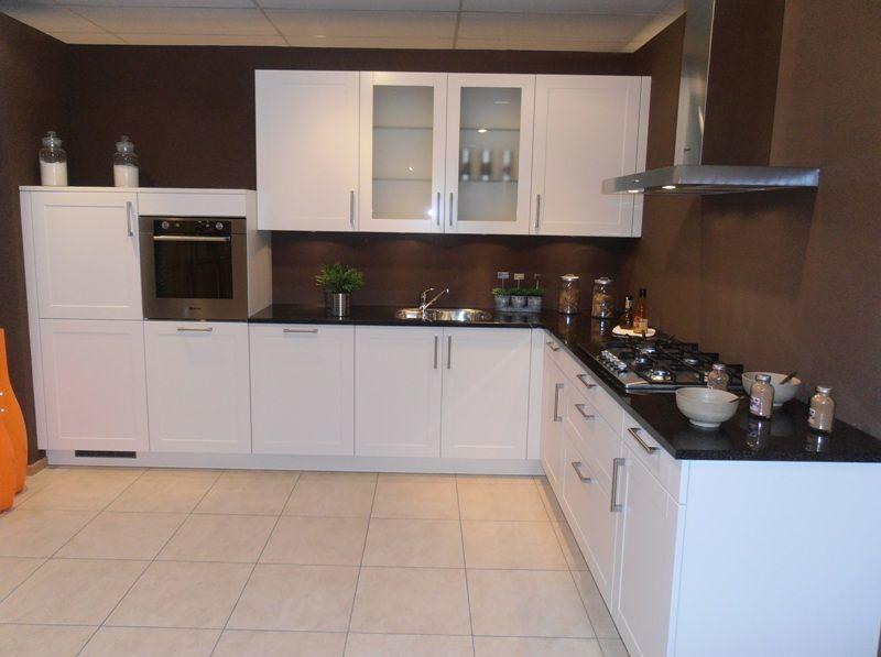 Keuken Kleur Magnolia : keukens voor zeer lage keuken prijzen Landelijke keuken met