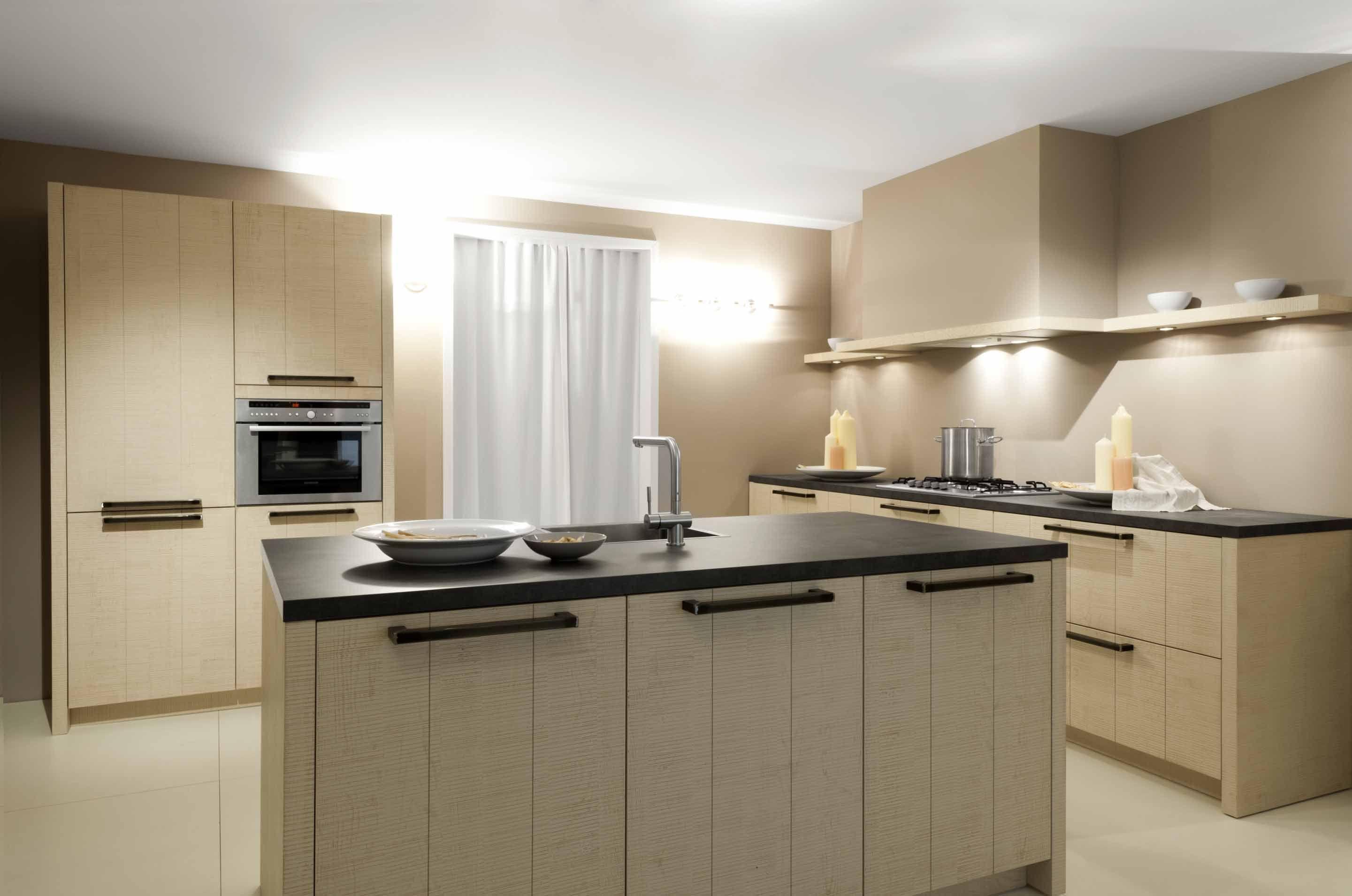 Keuken Met Eiland Afmetingen : keukens voor zeer lage keuken prijzen Massief houtfineer