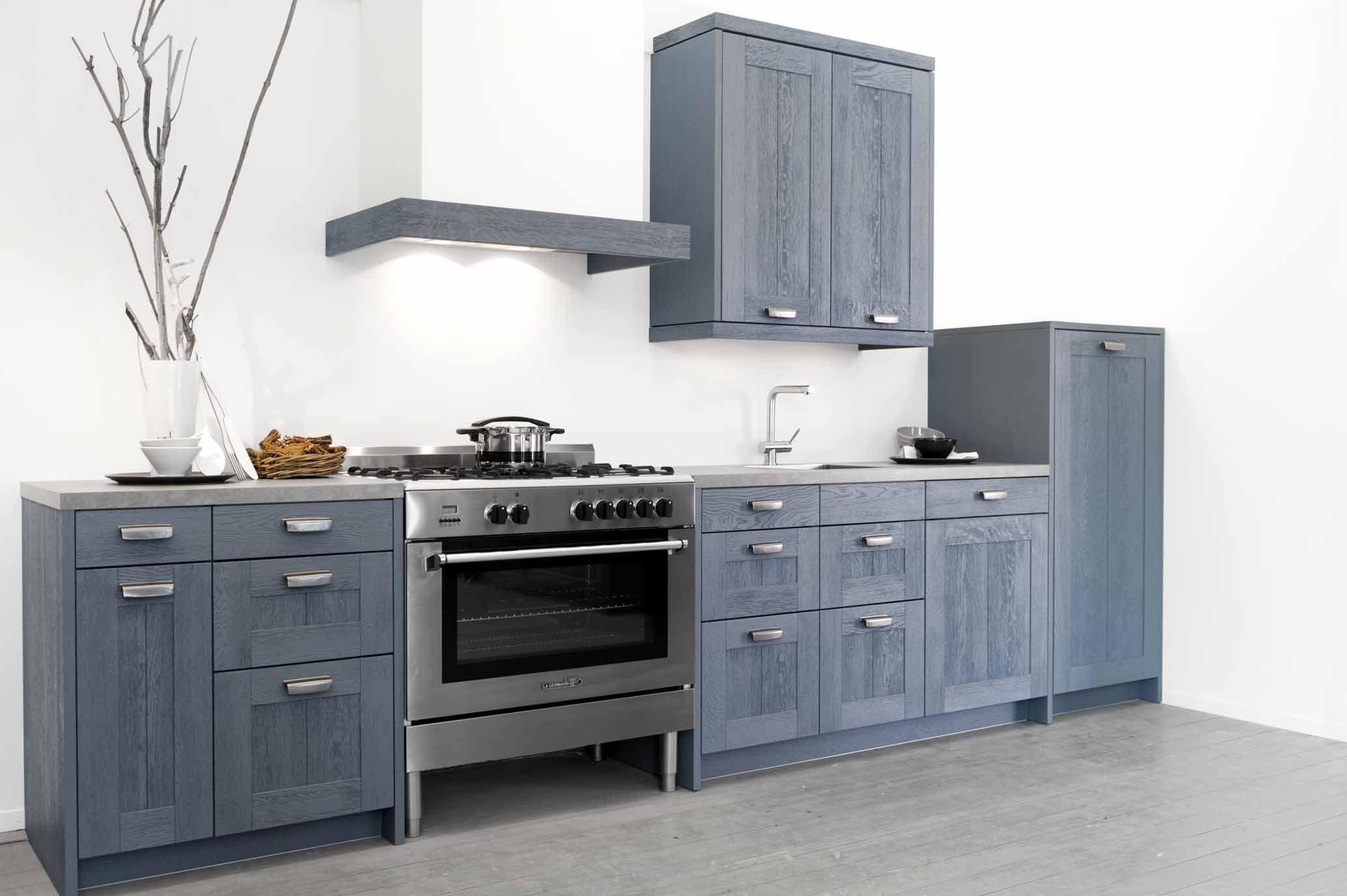 Showroomkeukens alle showroomkeuken aanbiedingen uit nederland keukens voor zeer lage keuken - Keuken wit en blauw ...