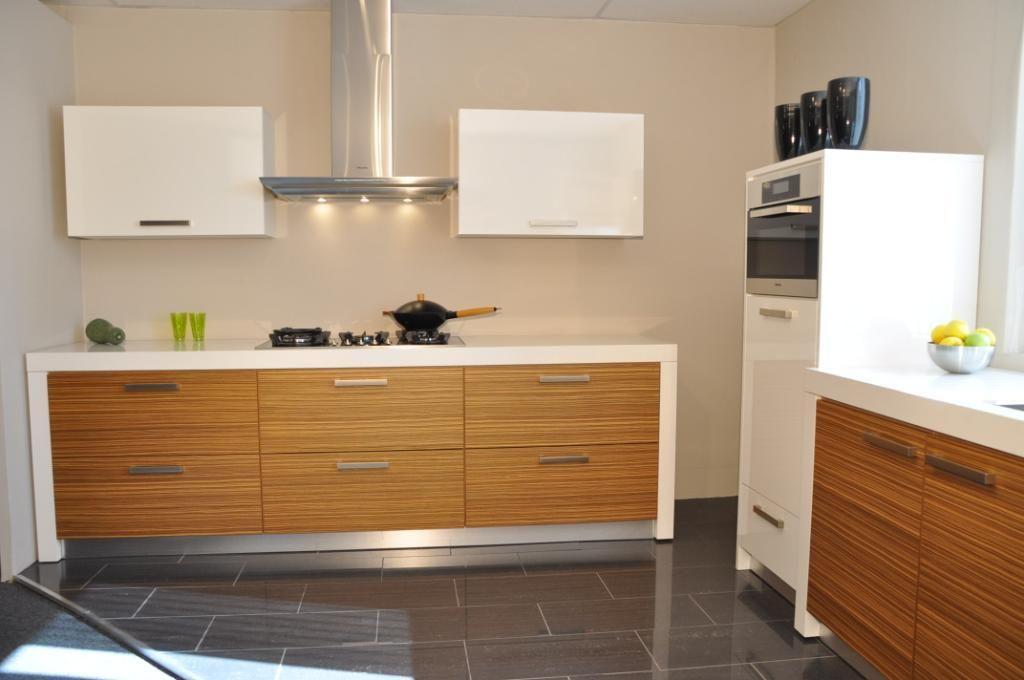 ... keukens voor zeer lage keuken prijzen : Keller rechte keukens Zebrano
