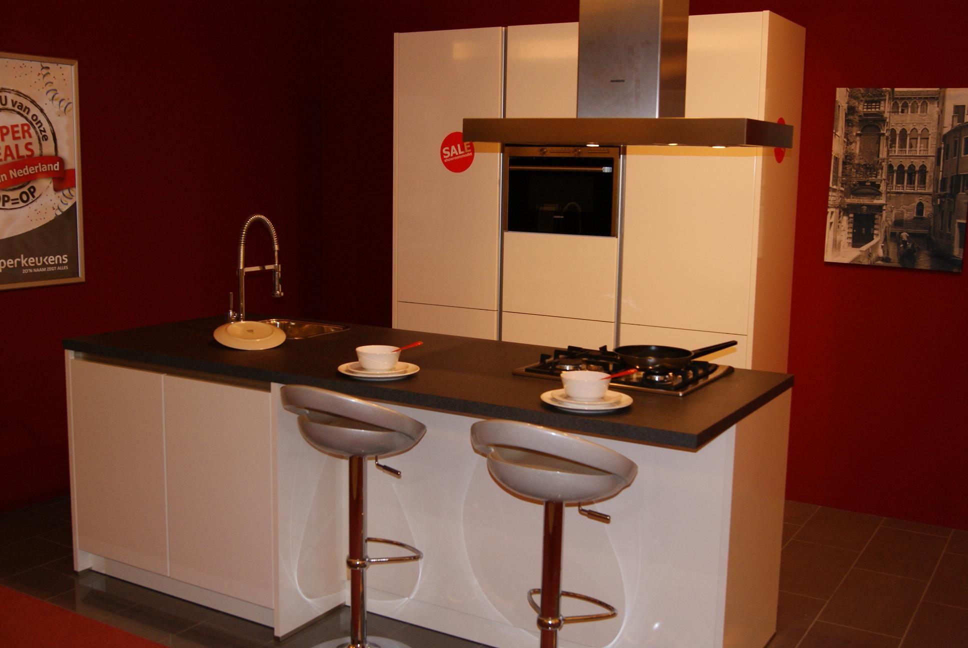 ... keukens voor zeer lage keuken prijzen hoogglans wit greeploze