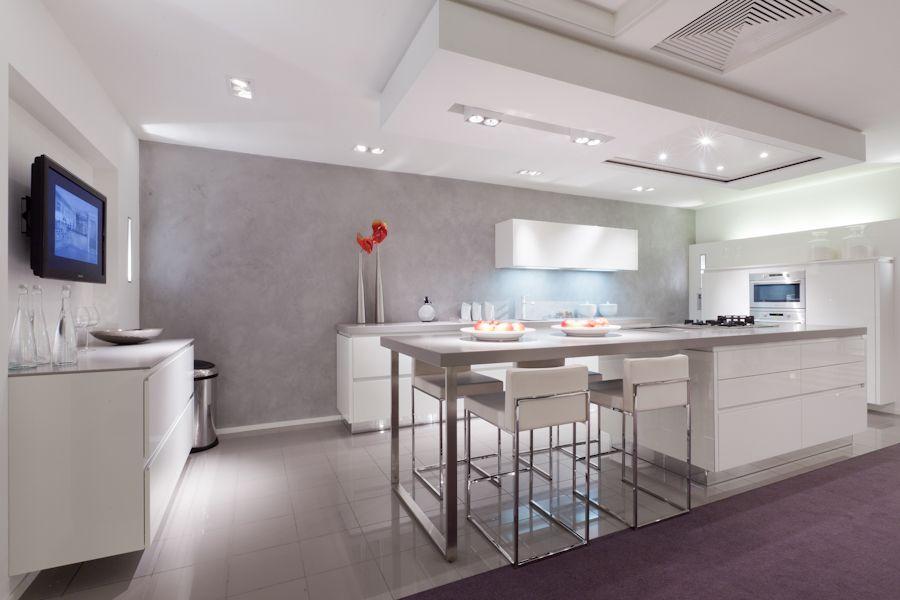 Showroomkeukens alle showroomkeuken aanbiedingen uit nederland keukens voor zeer lage keuken - Design keuken plafond ...