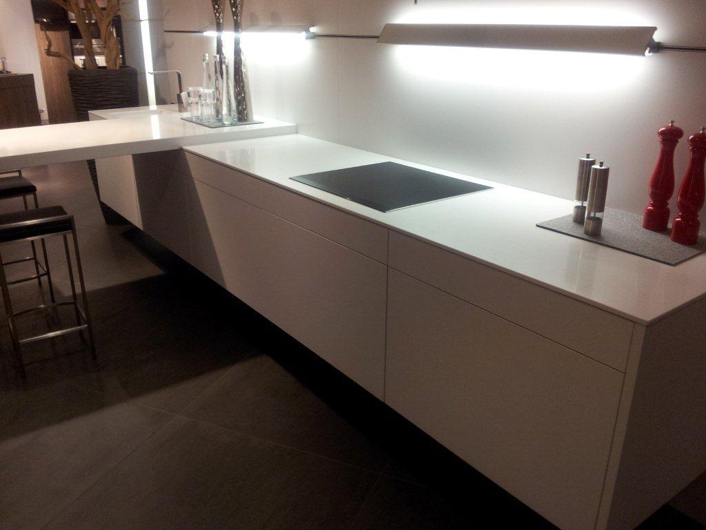 Zwevende Keuken Showroom : keukens voor zeer lage keuken prijzen Eggersmann Cannes [49180