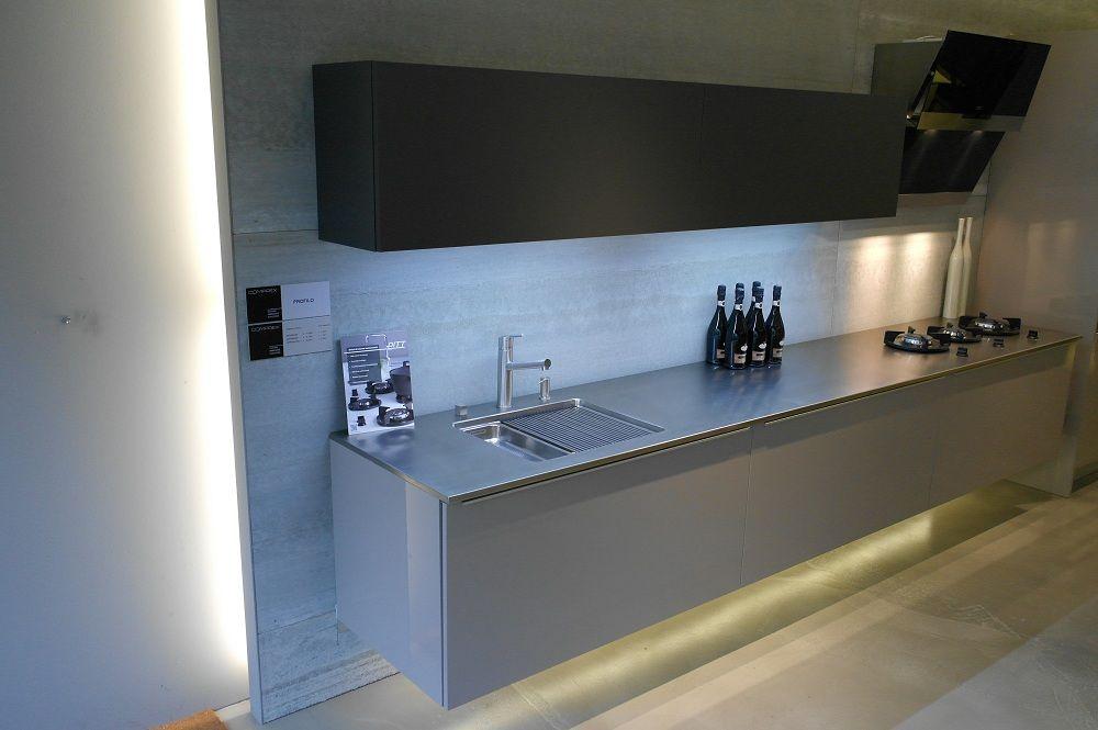 Zwevende Keuken Showroom : keukens voor zeer lage keuken prijzen Comprex Profilo Tortora [48533