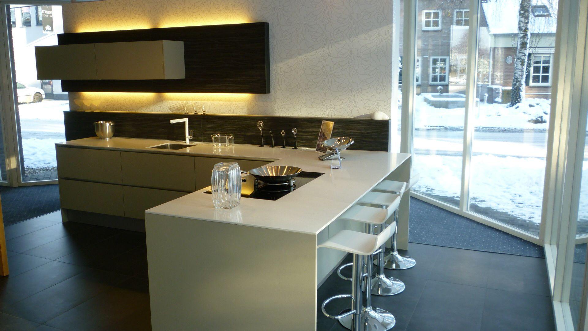Keuken Schiereiland Afmetingen : keukens voor zeer lage keuken prijzen Greeploze kiezelgrijze keuken