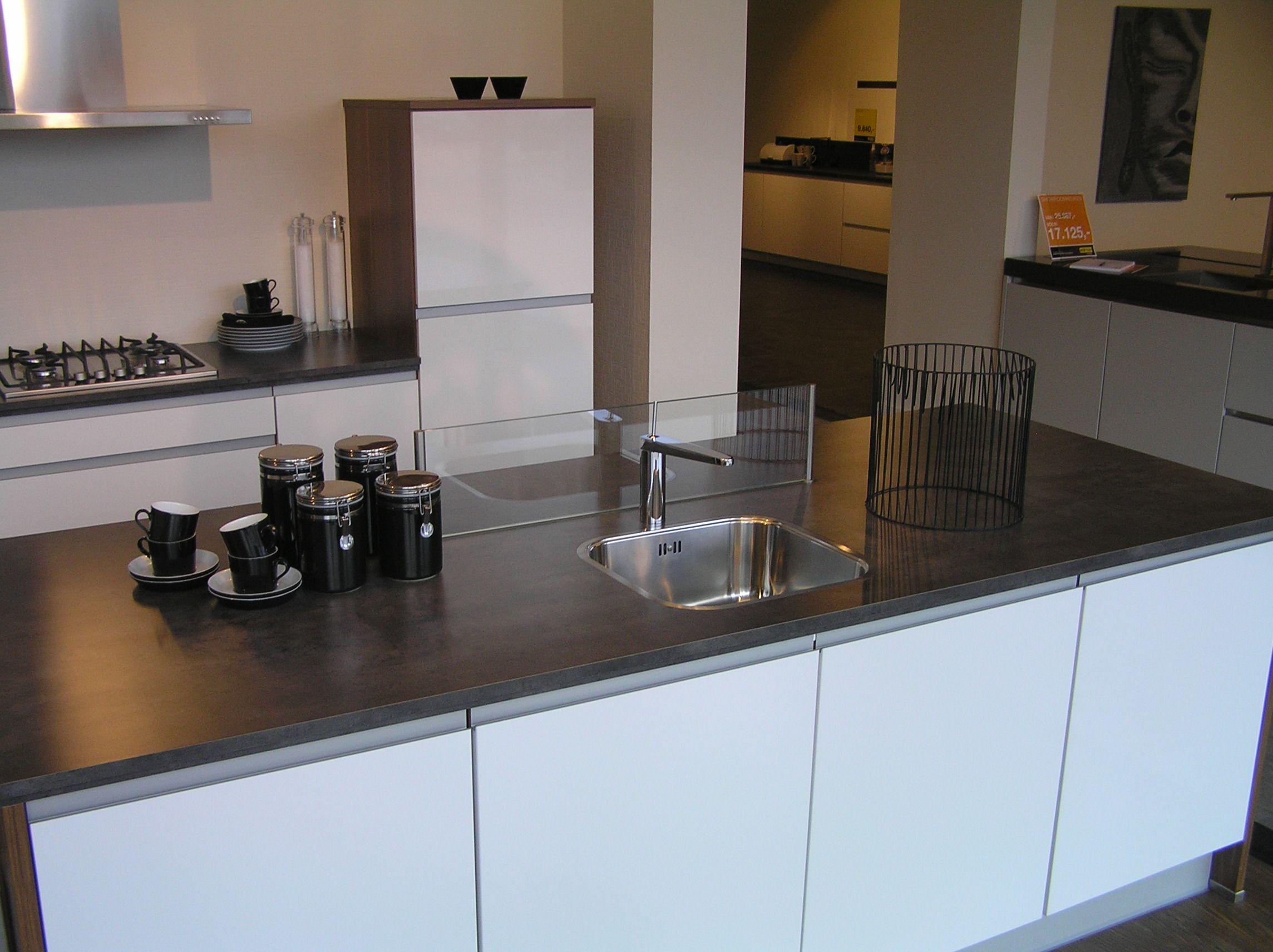 Keuken Parallel Opstelling : uit Nederland keukens voor zeer lage keuken prijzen Duin [34999