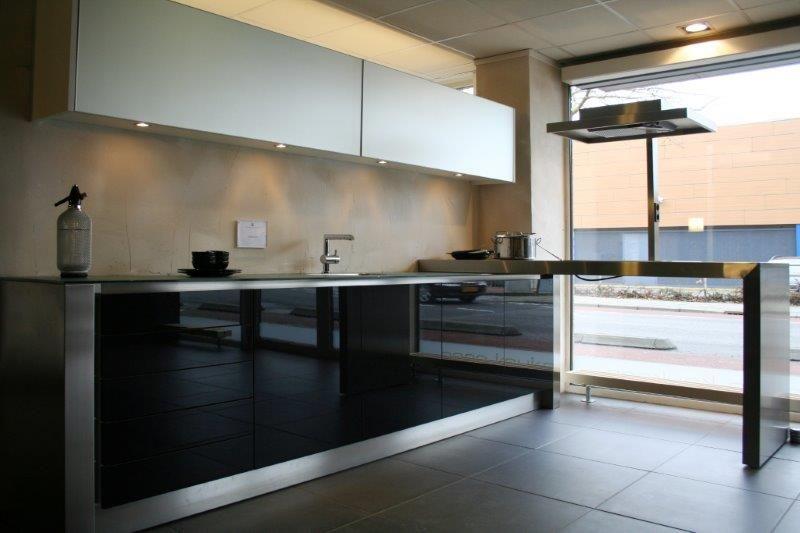 Eggersmann Keukens Prijzen : Showroomkeukens alle showroomkeuken aanbiedingen uit nederland