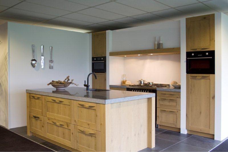 Keuken Eiken Massief : keukens voor zeer lage keuken prijzen Massief houten keuken [48183